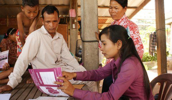 Microfinanciering draagt in hoge mate bij tot de socio-economische ontwikkeling van Cambodja – sinds 2012 moedigt Incofin er verantwoordelijke kredietverlening aan